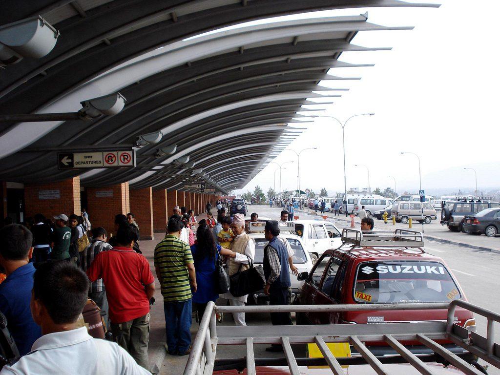 २ हजार ३ सय ७० विदेशीले नेपाल छोडे