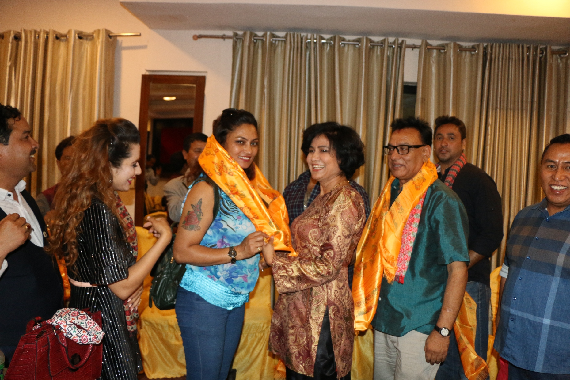 नेपाल फिल्म सोसाईटी द्वारा कलाकार संघका नब निर्बाचित कार्य समितिलाई बधाई ज्ञापन