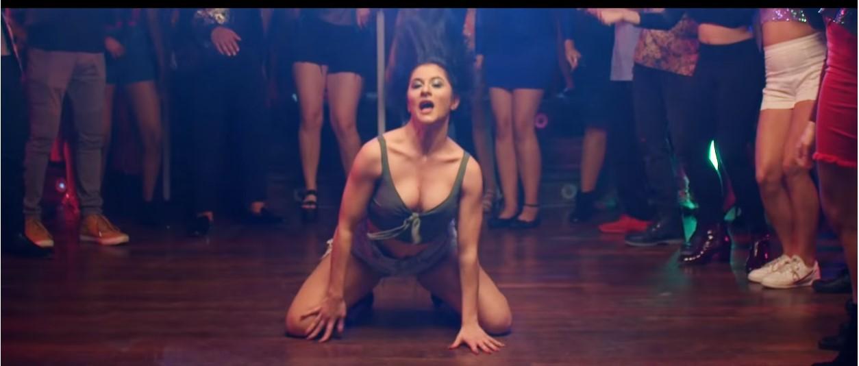 चलचित्र 'पासवर्ड'मा सन्नी लियोनीको आइडम डान्स (भिडियो सहित)