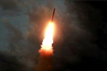 उत्तर कोरियाले पन्डुवीबाट प्रहार गर्ने ब्यालेष्टिक मिसाइल बनाउदै
