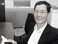 कोरियाली प्रोफेसर र प्रख्यात लेखक ली मिन-ह्वाको हृदयघातबाट ६६मा निधन