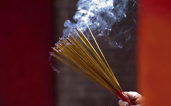 स्वास्थ्य टीप्स-अगरबत्तीको धुवाँले क्यान्सर हुनसक्छ
