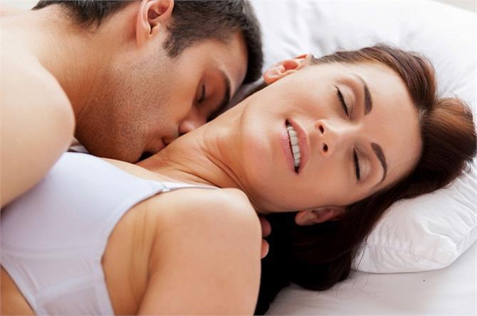 जाडो मौसममा यौन रोमान्स गर्ने ४ तरिका