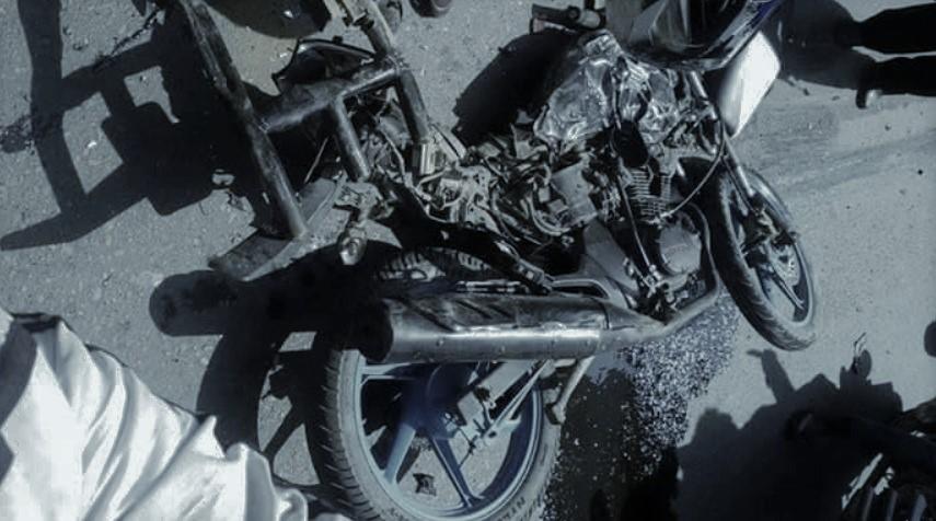 मोटरसाइकल एकापसमा ठक्कर खाँदा एकको मृत्यु