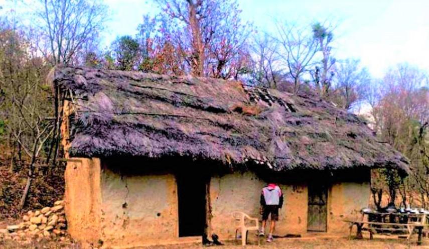 नेपाली सीमाको रक्षा 'यस्तो घरमा' बसेर गर्छन सशस्त्र प्रहरी
