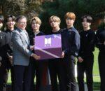 कोरियाली राष्ट्रपति मुनलाई 'उपहार' तर १९ बर्षपछि मात्र खोल्न मिल्ने