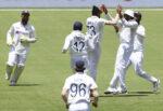 भारत–अस्ट्रेलिया टेस्ट क्रिकेट, जितका लागि भारतसामु ३२८ रनको चुनौती